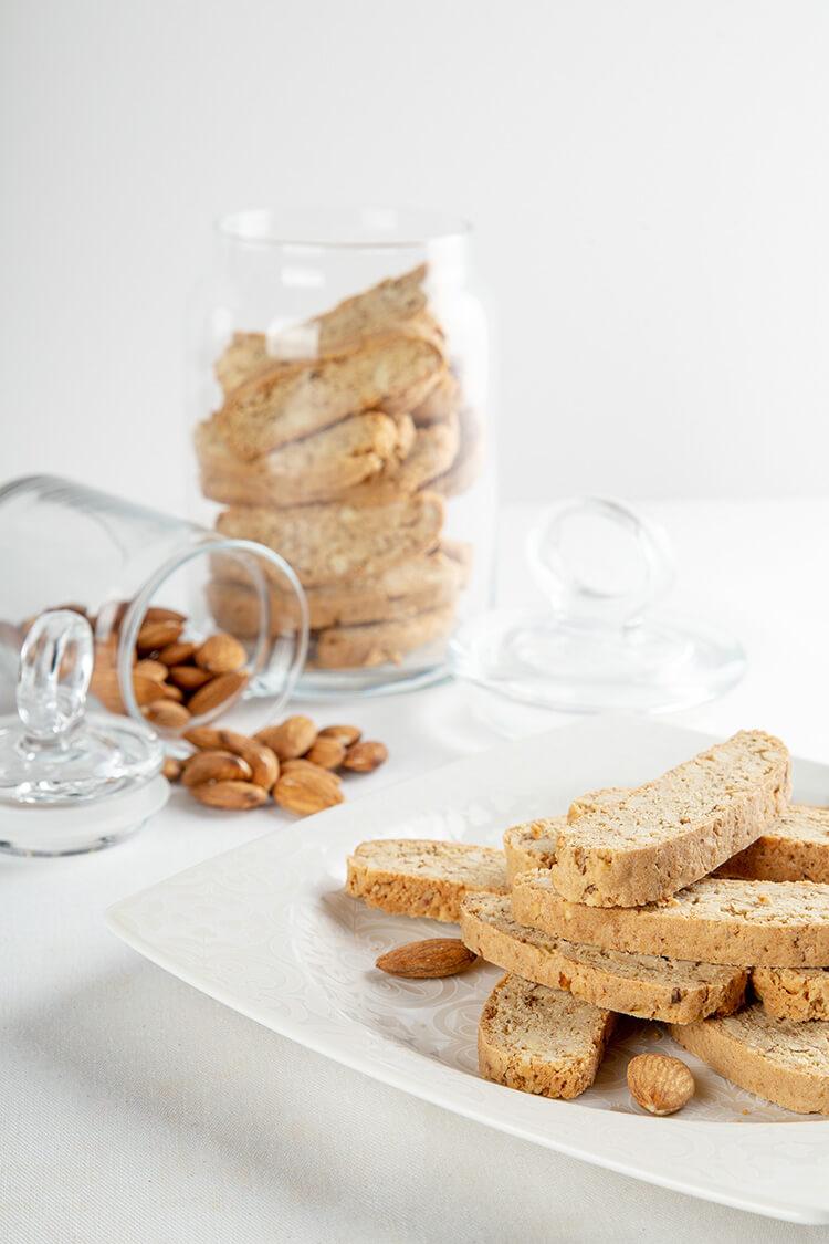 Glutensiz Bademli Biscotti
